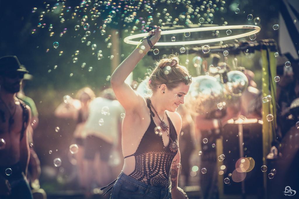 LIB Woogie Stage Bubbles