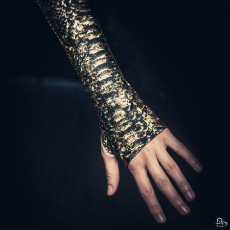 Metallic Arm Sleeves