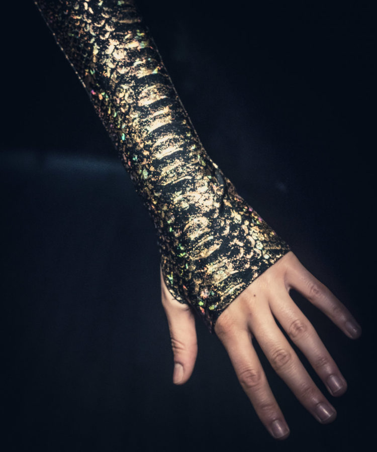 Metallic Arm Sleeves
