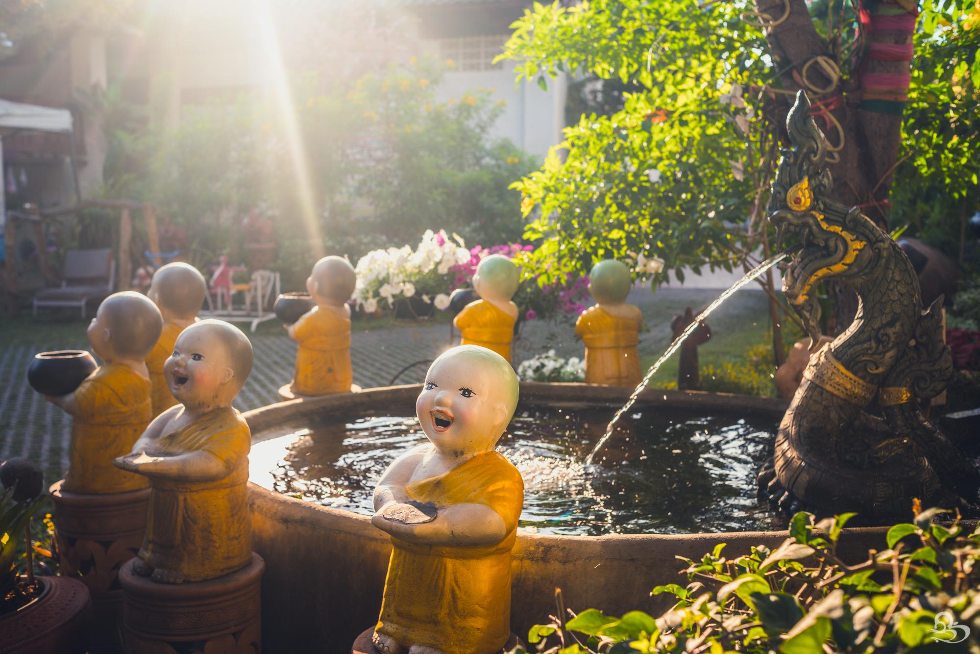 smiling buddha temple chiang mai